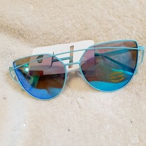 5/$25 NWT Claire's Sunglasses